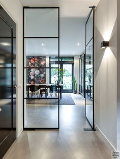 Minimalist Home Interior Living Room Decor Cozy, Home Decor Bedroom, Minimalist Home Interior, Luxury Interior, Interior Paint, Hallway Designs, Interior Garden, Gothic Home Decor, Gothic House