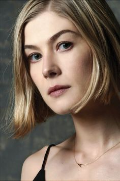 "Rosamund Pike as Amy Dunne in ""Gone Girl"""