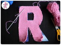 AmigurumisFanClub Crochet Alphabet, Gloves, 3d, General Crafts, Throw Pillows, Crochet Letters, Paper Templates, Amigurumi Patterns, Tricot