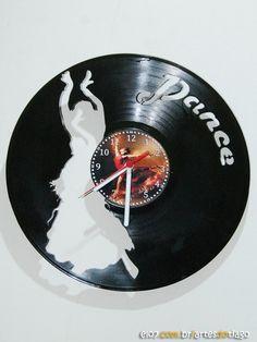 Relógio de Vinil - Dançarina no Elo7 | Artes do Tiago (CFDD69) Vinyl Records, Music Instruments, Tattoo, Deco, Room, Picture Clock, Creative Products, Made By Hands, Dibujo