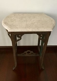 Antique Round Table for sale For Sale Philippines - Find 2nd Hand ...