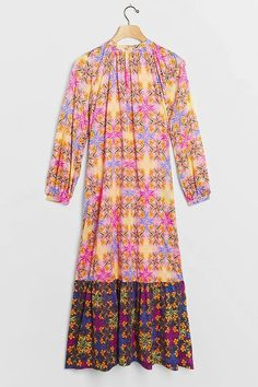Plus Size Pink and Blue Print Long Sleeve Tiered Maxi Dress Plus Size. Love this Pink Long Sleeve Tiered Boho Maxi Dress Plus Size Women's #Fashion #Style #PlusSizeFashion #PlusSizeStyle #CurvyGirl #curvy #curvyfashionista