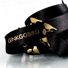 black and gold impression #createam #image #schleifenband #satinband #banddruck #logoband #bandweberei #ribbons #imageribbons #satinribbons #namensbaender #geschenkband #packaging #goldhotfoil