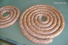 sk - Hľadám klobasa v receptoch Homemade Sausage Recipes, Food 52, Poultry, Favorite Recipes, Meat, Cooking, Straws, Easy Meals, Kitchen
