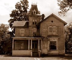 Abandoned Victorian Mansions | haunted house # abandoned homes # victorian home