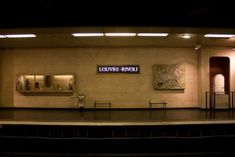The travel experts at the Paris Pass have gone underground to uncover the true beauty of 6 of Paris' metro stations from Bastille, Pont Neuf to Montmartre. Louvre Pyramid, Night Walkers, Famous Sculptures, Springtime In Paris, Paris Metro, France Art, French History, Building Art, Metro Station