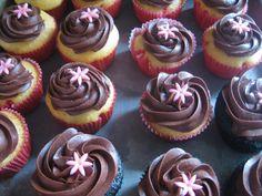 Heidi's Recipes: Vanilla Cupcakes with Chocolate Frosting Recipe