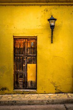 Door: San Cristobal de las Casas #Mexico