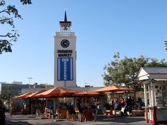 Los Angeles: Farmers Market e The Grove