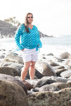 Chiffon-Bluse in Türkis mit Polka Dots Chiffon, White Shorts, Plus Size, Style, Fashion, Curvy Women, Sewing Patterns, Nice Asses, Swag