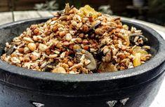 fahéjas-gyömbéres hajdina granola ~ Vega Lujzie Vegan Nutritionist, Chia Puding, Vegan Recepies, Granola, Acai Bowl, Smoothie, Breakfast, Food, Acai Berry Bowl