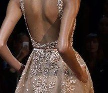 Inspiring image back, beautiful, details, dress, elegant, elie saab, fashion, haute couture, runway, stunning, spring 2015, mirakel #2551124 by marky - Resolution 620x887px - Find the image to your taste