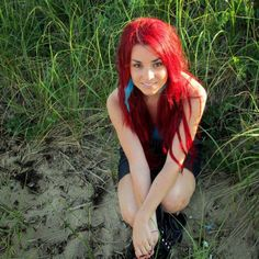 I love this red - Emma Aspyn Ovard, Red Hair, Photos, Long Hair Styles, Nice, Google, Youtube, Beautiful, Beauty