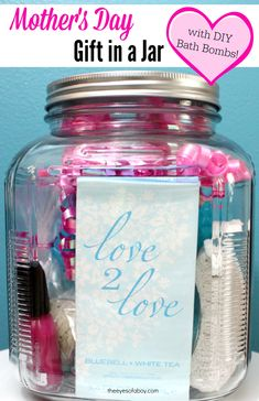 Mother's Day gift in a jar idea with homemade DIY Bath Bombs (without citric acid) #L2LMom #ad