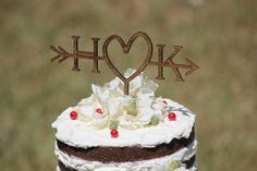 Beautiful Rusticarrow cake topper with your initials !!! The cake topper is made of 1/8 plywood (laser cut) - stained wood. You can choose the size
