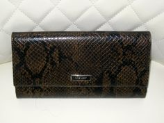 'Nine West Reptile TriFold Wallet PreLoved' is going up for auction at  7pm Mon, Apr 21 with a starting bid of $8.