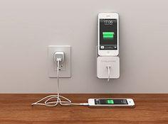 iPhoneを壁に浮かせる充電ステーション+ケーブル収納機能。[ネコポス可] Bluelounge Rolio ケーブル収納付きLightning用充電ステーション(ホワイト) # BLD-ROL-WT  ブルーラウンジ (スマホスタンド)