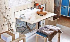 Klaffipöytä ja apupöytä, joka on istuinkäytössä