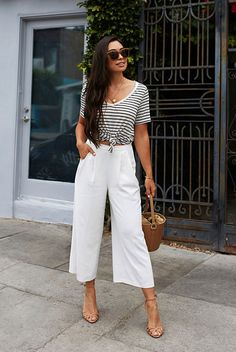 Party outfit casual chic street styles 54 New ideas Casual Chic Outfits, Fresh Outfits, Preppy Outfits, Cute Outfits, Pants Outfits, Night Outfits, Casual Night Out Outfit Summer, Party Outfit Summer, Work Outfits