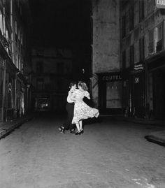by Robert Doisneau La dernière valse du 14 juillet (The last waltz of 14 July), 1949