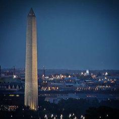 #washingtondc #washingtonmemorial #cityview #down #dcphotographer #vaphotographer #obelisk #myview www.obeddiazrodriguez.com