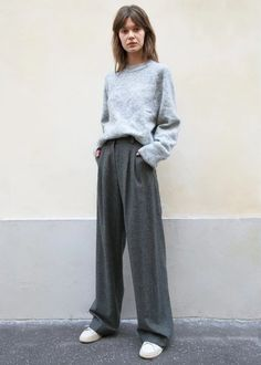 Grey Tweed Basic Wool Blend Pants by Low Classic – The Frankie Shop Winter Outfits, Cool Outfits, Summer Outfits, Casual Outfits, Fashion Outfits, Womens Fashion, Grey Pants Outfit, Pantalon Large, Mode Inspiration