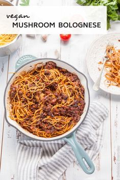 Vegan Mushroom Bolognese Vegan Bologonese Recipe mushrooms steal the show in this delicious vegan spin on the classic bolognese (known to the Italians as Ragu). via Source by deliciouseveryday Vegetarian Spaghetti Bolognese, Vegan Bolognese, Vegan Spaghetti, Bolognese Recipe, Vegan Pasta, Bolognese Sauce, Spaghetti Recipes, Vegetarian Recipes Dinner, Veggie Recipes