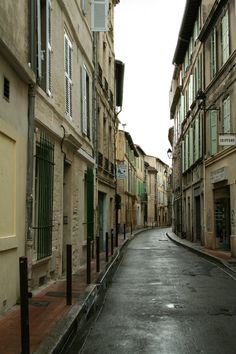 winding street in Avignon, France. winding streets everywhere. ate at a fab restaurant tucked in a street like this.