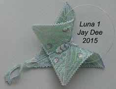 Luna Warped Wing Series by Jay Dee (Joy Davison) Beaded Jewelry Designs, Seed Bead Jewelry, Jewelry Patterns, Peyote Patterns, Beading Patterns, Peyote Beading, Beaded Animals, Beading Projects, Beaded Jewelry
