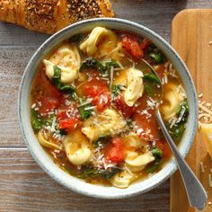 My tomato-y broth is perfect for cheese tortellini and fresh spinach. Add extra garlic and Italian seasoning to suit your taste. —Debbie Wilson, Burlington, North CarolinaSpinach and Tortellini Soup … Cheese Tortellini Soup, Sausage Tortellini, Pasta Soup, Pasta Dishes, Homemade Tomato Juice, Homemade Garlic Bread, Vegetarian Recipes, Cooking Recipes, Easy Soup Recipes
