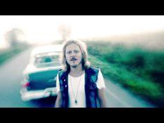 Jonne Aaron - Yksin (virallinen musiikkivideo) - YouTube