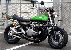 Afficher l'image d'origine Vintage Bikes, Vintage Motorcycles, Custom Motorcycles, Custom Bikes, Cars And Motorcycles, Kawasaki Cafe Racer, Kawasaki Motorcycles, Bobbers, Cafe Racers