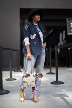 How Fashion Influencers are Styling Spring Biggest Denim Trends: Denim Trend: Distressed and Destroyed Jeans Source by katielmom casual Chic Outfits, Fall Outfits, Fashion Outfits, Womens Fashion, Fashion Trends, Grunge Outfits, Classy Outfits, Fashion Ideas, Urban Fashion