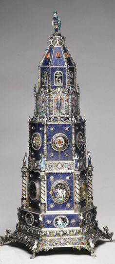 Una torre de reloj lapislázuli con monturas de plata dorada esmaltadas de perlas, Hermann