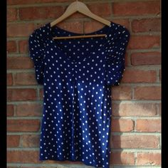 ✨Blue Polka Dot Top✨ The tag says M ,but it can be a L. Tops