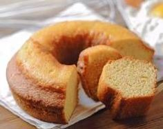 This recipe for Bolo Baeta or milk cake is a typical Brazilian recipe and is simple to make with just a few ingredients. Köstliche Desserts, Delicious Desserts, Dessert Recipes, Food Cakes, Cupcake Cakes, Bundt Cakes, Cupcakes, Whipping Cream Pound Cake, Orange Bundt Cake