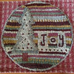 Rug Hooking Designs, Rug Hooking Patterns, Punch Needle Patterns, Applique Patterns, Crafts To Make, Fun Crafts, Arts And Crafts, Hook Punch, Penny Rugs