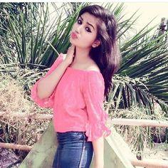 Beautiful Girl Wallpaper, Beautiful Girl Photo, Beautiful Girl Indian, Stylish Girls Photos, Stylish Girl Pic, Simple Girl Image, Girl Number For Friendship, Desi Girl Image, Dehati Girl Photo