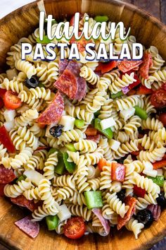My Easy Italian Pasta Salad recipe is always a huge hit at a summer BBQ! It's a … My Easy Italian Pasta Salad recipe is always a huge hit at a summer BBQ! It's a simple side salad made with all your favorite pasta salad ingredients. Pasta Salad Ingredients, Easy Pasta Salad Recipe, Easy Salad Recipes, Dinner Recipes, Quick Recipes, Simple Pasta Salad, Pasta Salad Recipes Cold, Rotini Pasta Recipes, Homemade Pasta Salad