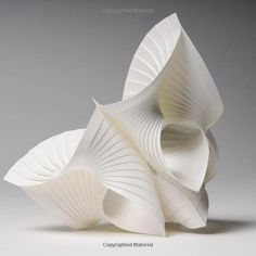 500 Paper Objects: New Directions in Paper Art (500 Series): Gene McHugh: 9781454703303: