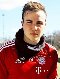 Mario Gotze gosh I want his hair...
