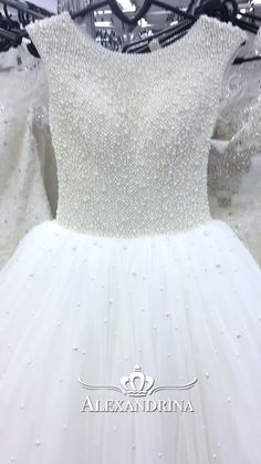 Flower girl dress for a wedding, birthday or any special day. Luxury pageant dresses by Alexandrina. Kids Party Wear Dresses, Pageant Dresses, Baby Girl Dresses, Girl Outfits, Flower Girl Dresses, Baby Birthday Dress, Birthday Dresses, Girls Communion Dresses, Kids Gown