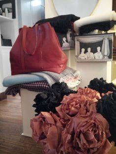 Lovely bags in lovely place... Veteiera 12 - Napoli