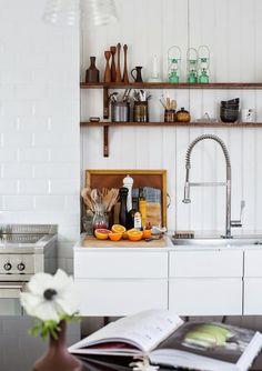 Cinco tendências de decoração nada práticas. Veja: http://www.casadevalentina.com.br/blog/detalhes/5-tendencias-de-decoracao-nada-praticas-3184 #decor #decoracao #interior #design #casa #home #house #idea #ideia #detalhes #details #style #estilo #casadevalentina #kitchen #cozinha