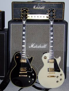 Thread about Historic 57 Les Paul Custom Black Beauties Guitar Girl, Music Guitar, Cool Guitar, Playing Guitar, Acoustic Guitar, Gibson Guitars, Fender Guitars, Foto Top, Guitar Photography