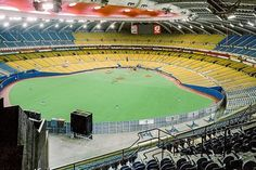 has shared 8 photos with you! Olympic Stadium Montreal, Mlb Stadiums, Baseball Park, Olympics, Past, Photos, Around The Worlds, Canada, Tours