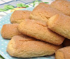 FacebookTwitterPinterestLinkedInLes biscuits grand-mère sont des biscuits à base de sucre, farine, huile, oeufs, citron et levure. Biscuits de trempage parfaits pour le petit déjeuner, cesLire la suite