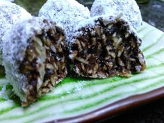 """Snow ball"" shredded coconut-date-lemon zest'n'juice balls rolled in coconut flour"