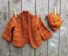 Eksperymenty z drutami: Sweterek w paski i czapeczka