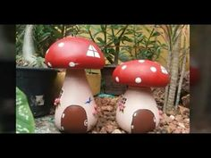 como fazer cogumelos para decorar jardins - YouTube